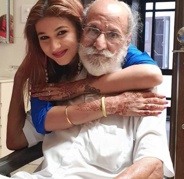 Jasleen Matharu With Her Grandfather