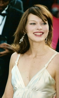 Jovovich at the 2000 Cannes Film Festival